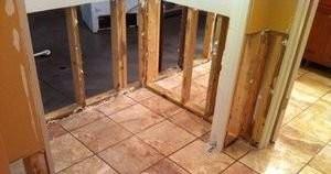 Mold Damage Restoration On First Floor Bathroom
